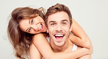 matchmaking intelligent et réfléchi Canada Singles rencontre couple heureux